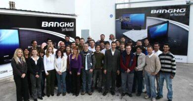 El Gobierno defiende la eliminación de aranceles y Banghó despedirá a 400 personas
