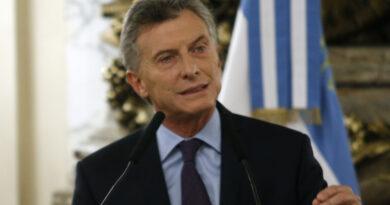 Macri llamó a los docentes a dialogar
